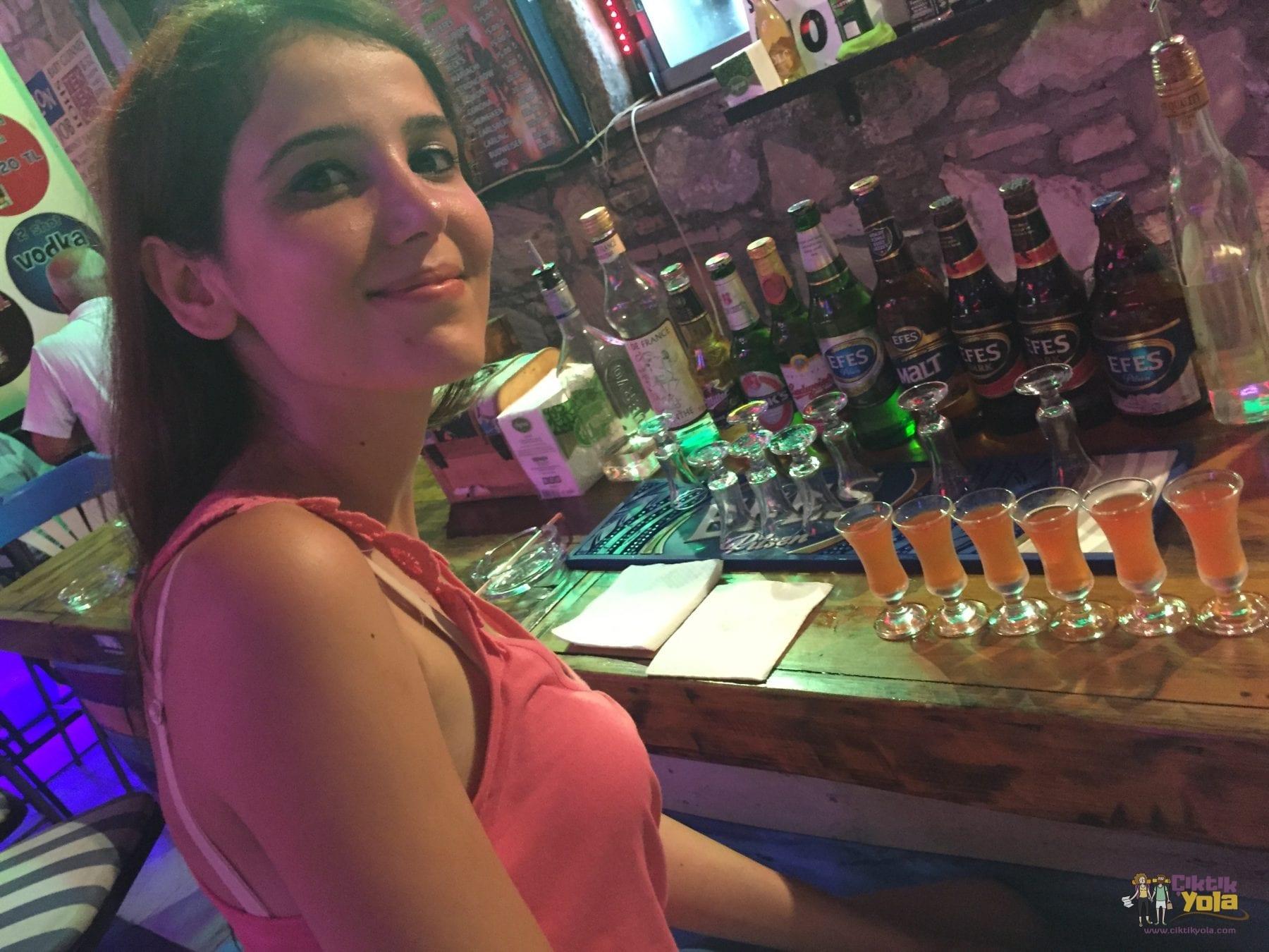 marmaris alkol barlar sokağı
