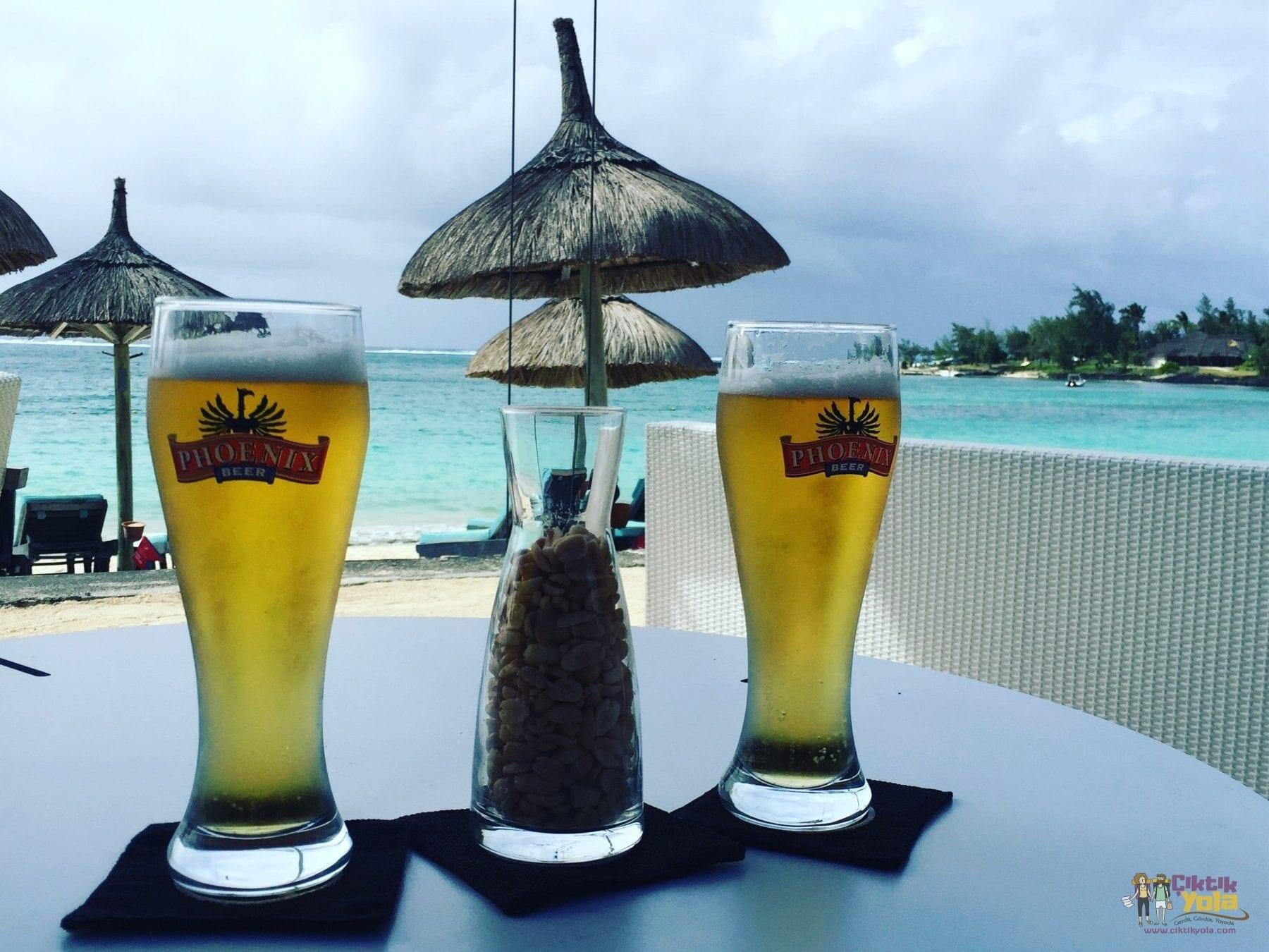 constance bele mare plage mauritius bira phoeix