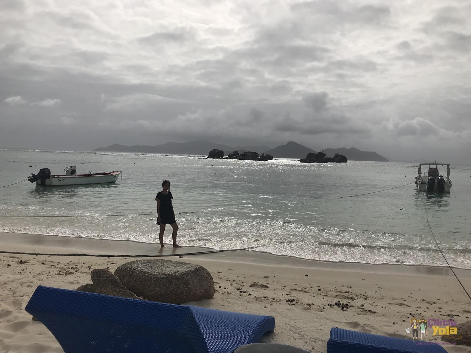 la digue fish trap