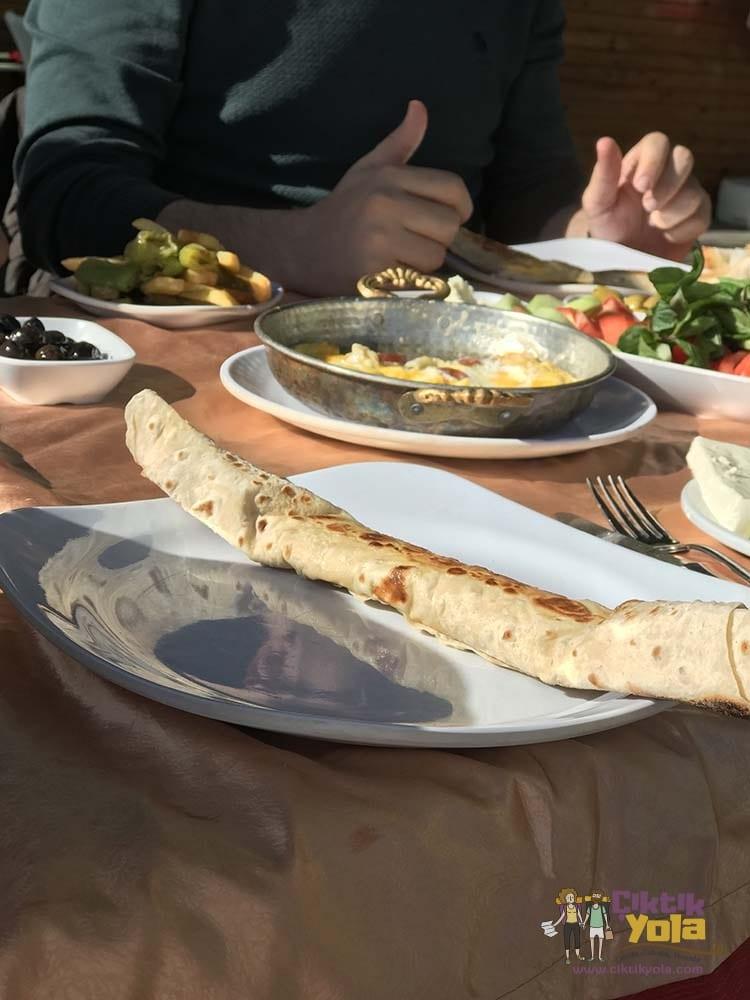 Adana Seyhan Barajı Kahvaltı