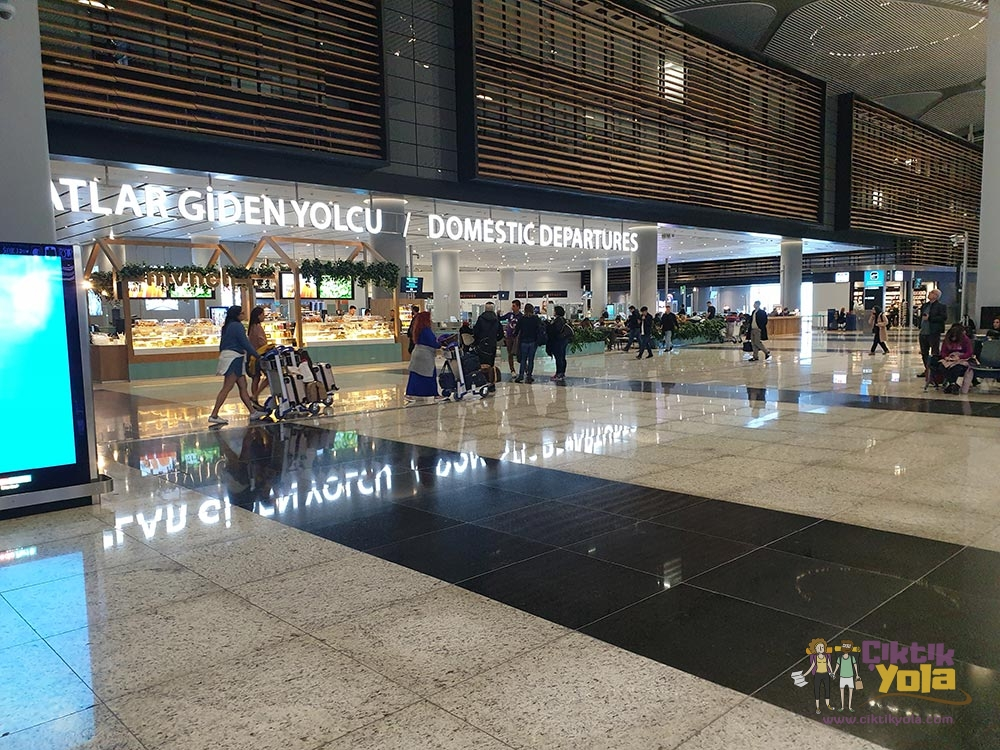 İstanbul Havalimanı İç Hatlar Giriş
