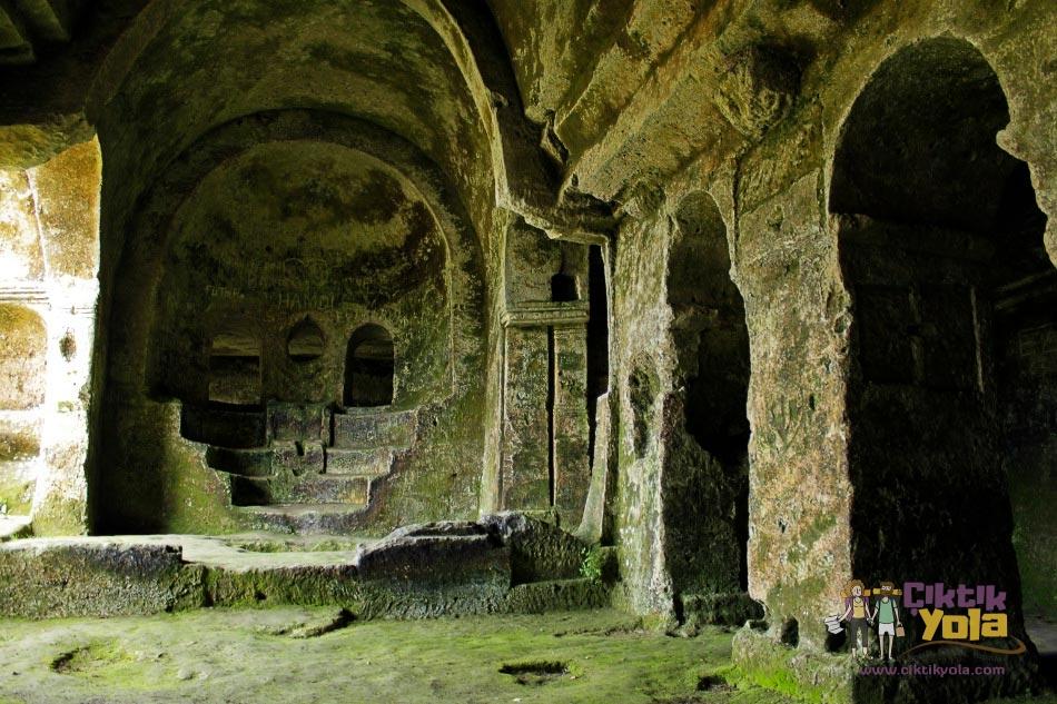 Aya Nikola Manastırı